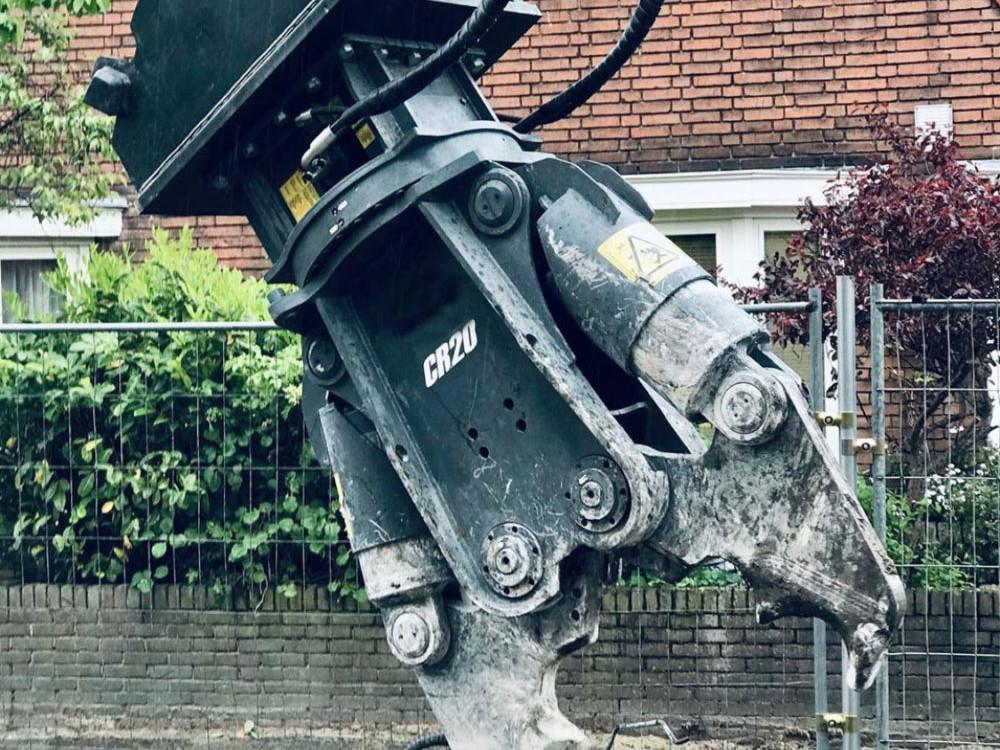 pinza demolizione cemento armato