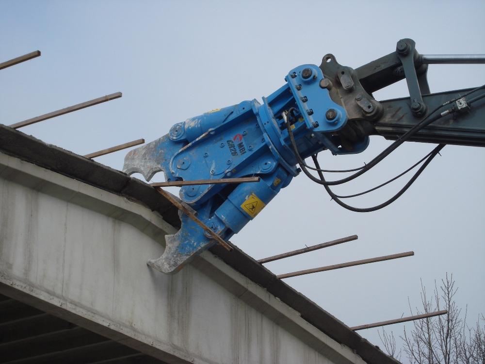 pinza per demolizione cemento armato cr26