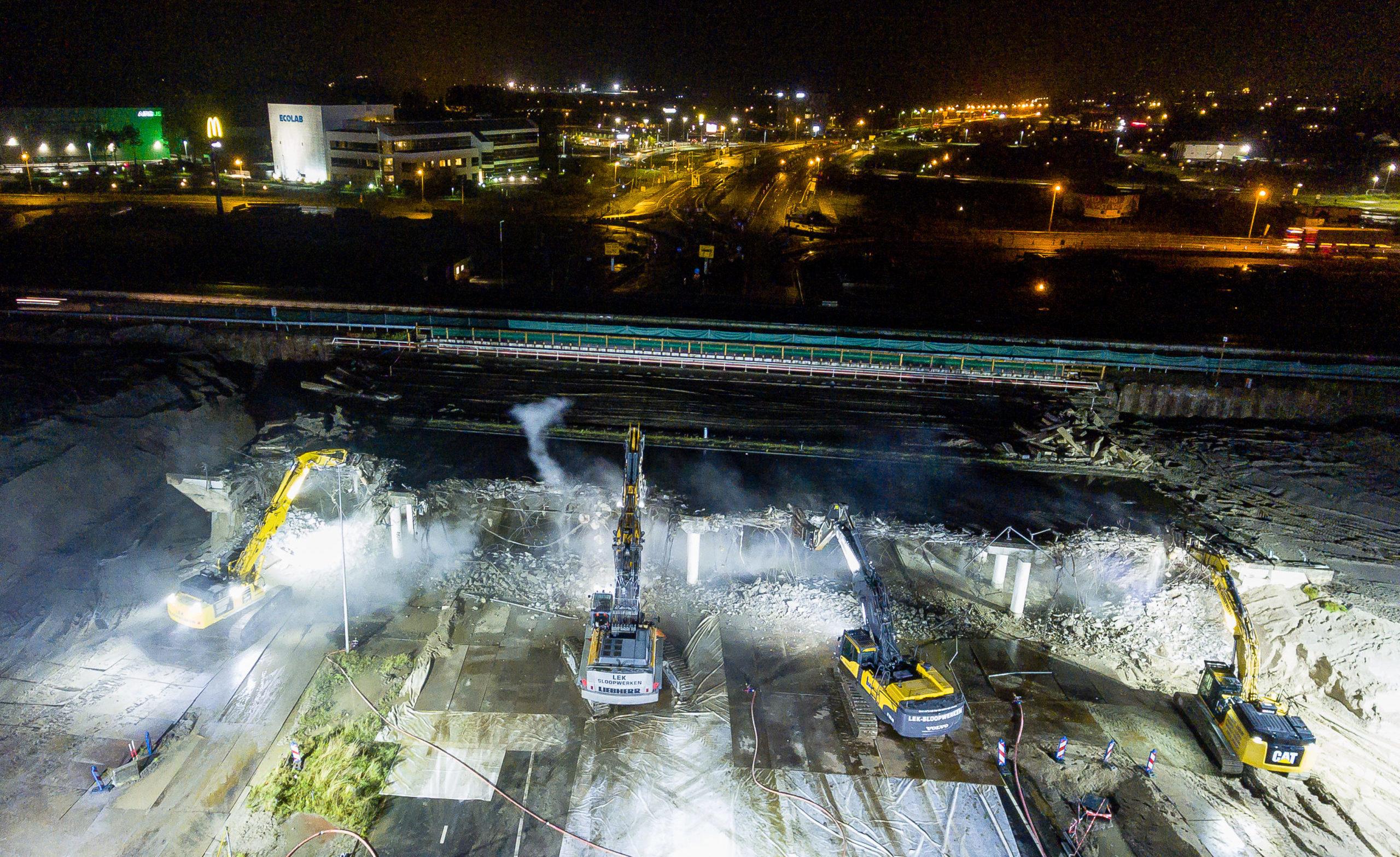 pinza demolizione ponte
