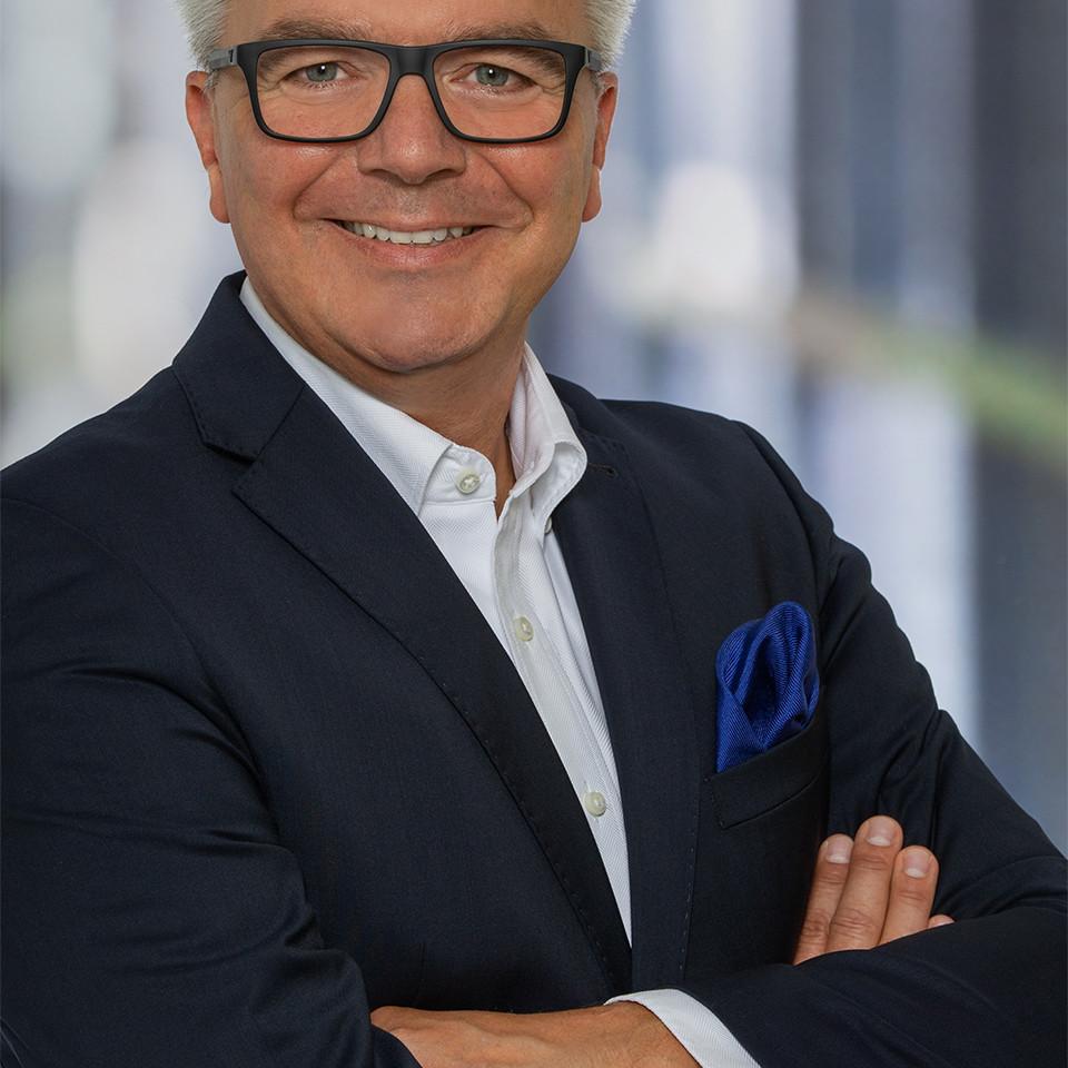 nuovo business development Dominik Erath